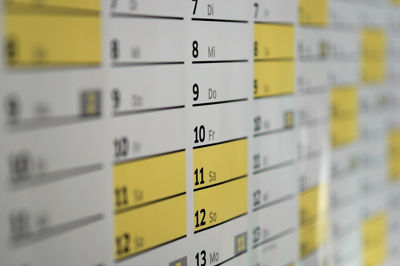 予定を書き込むカレンダー