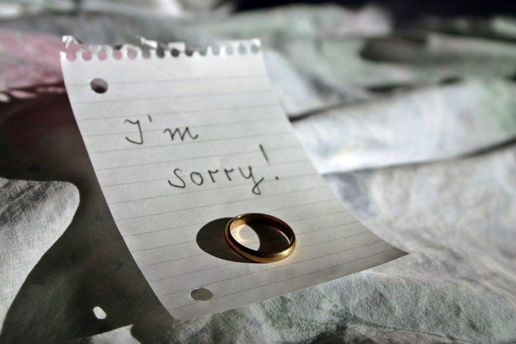 結婚指輪と別れのメッセージ