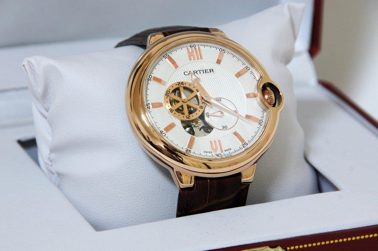 男性の腕時計