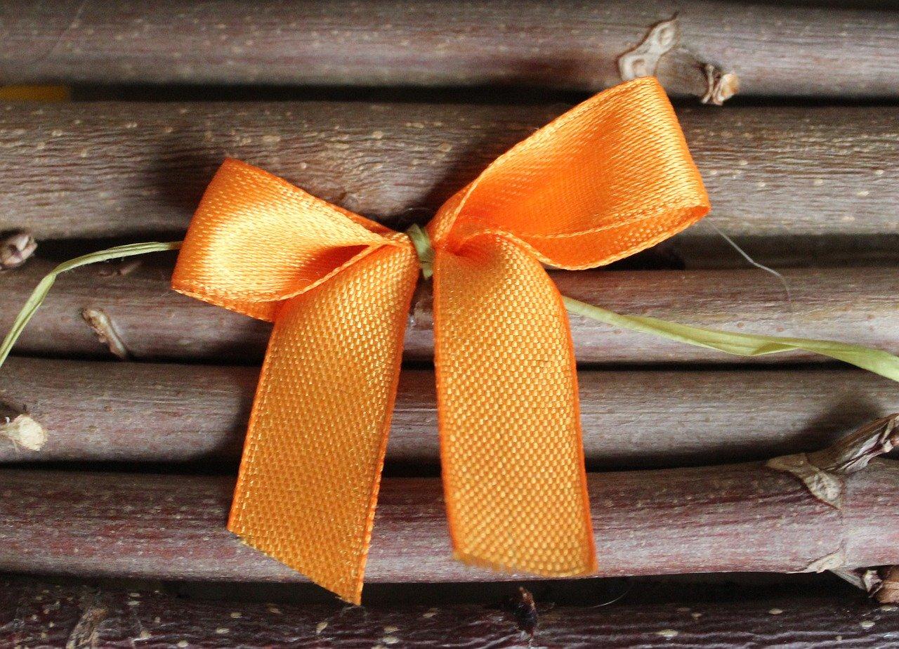 オレンジのリボン