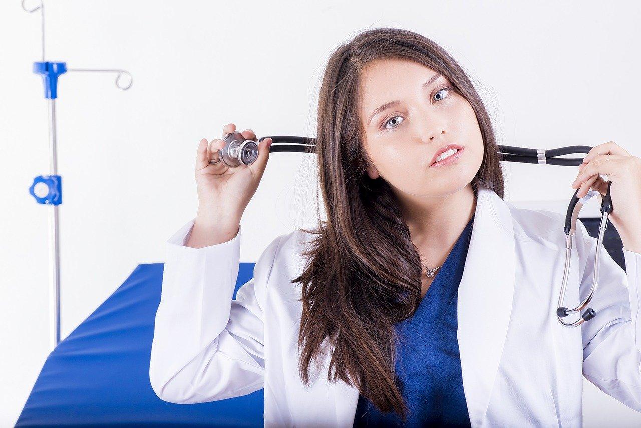 魅力的な看護師