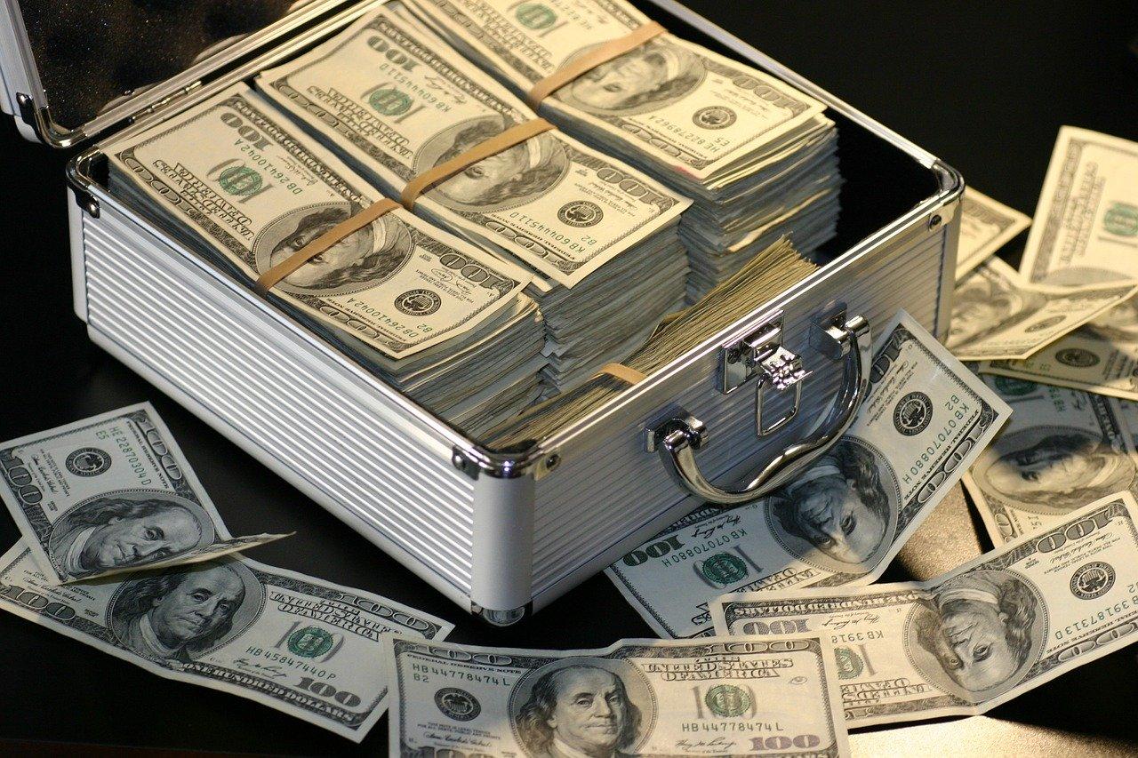 大量のお金