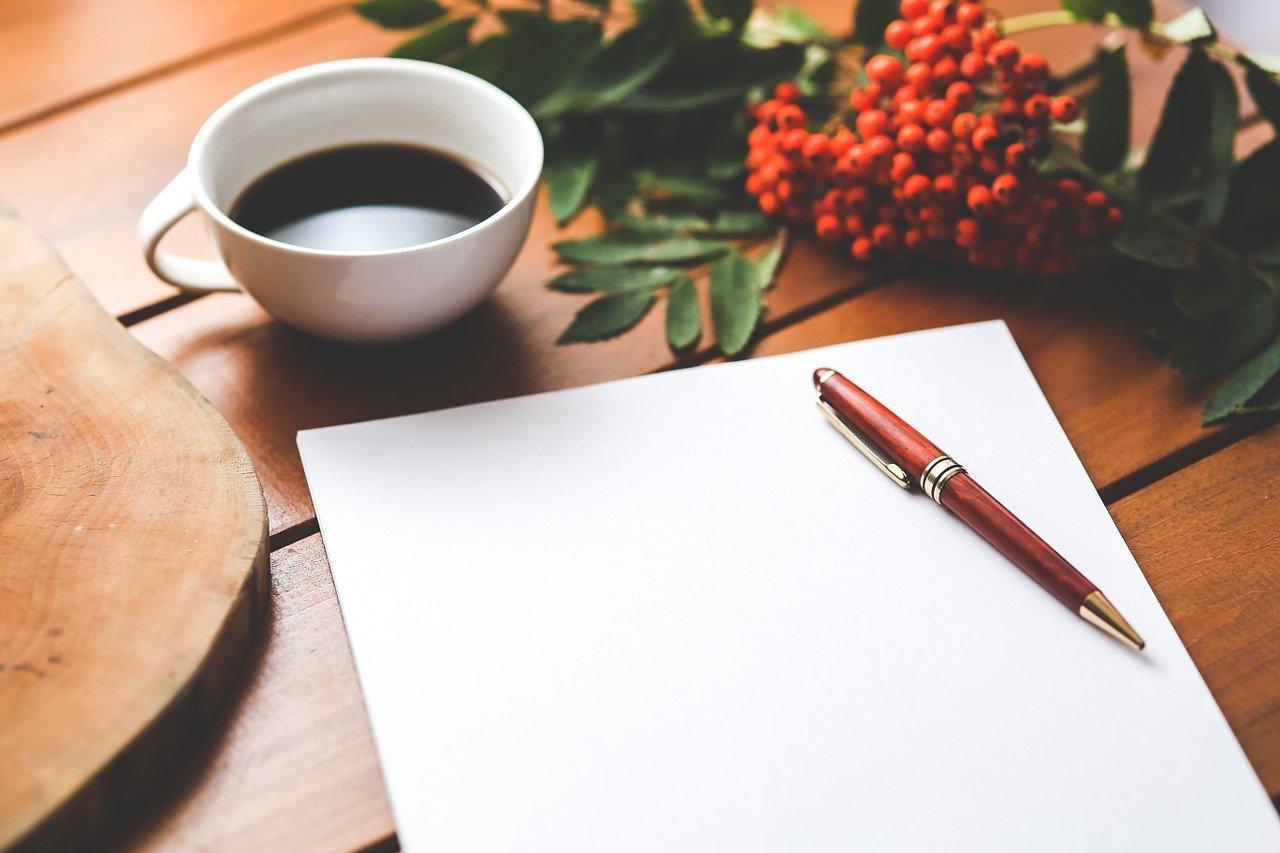 紙とコーヒー